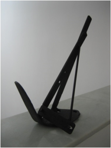 """De la serie """"Veleros"""". Hierro (material reciclado). 32 x 20 x 13 cm. 2007"""