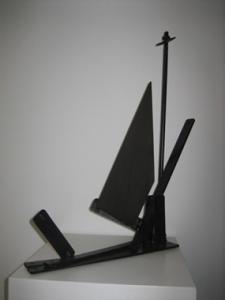 """De la serie """"Veleros"""". Hierro (material reciclado). 53 x 38 x 10 cm. 2007"""